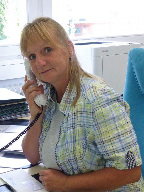 Claudia Wagenhuber : Sekretariat
